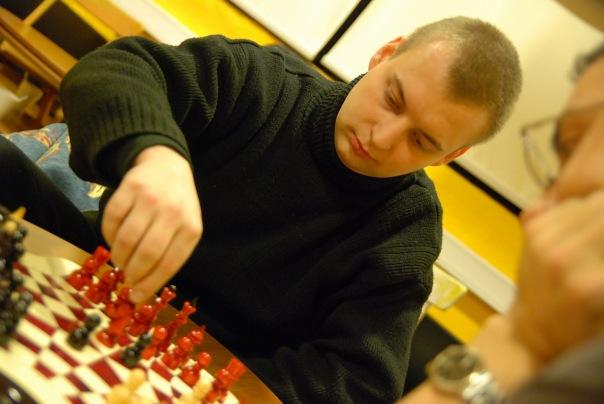 игра в шахматы на троих в клубе Трой (Москва)