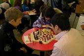 фото со второго турнира по шахматам на троих игроков